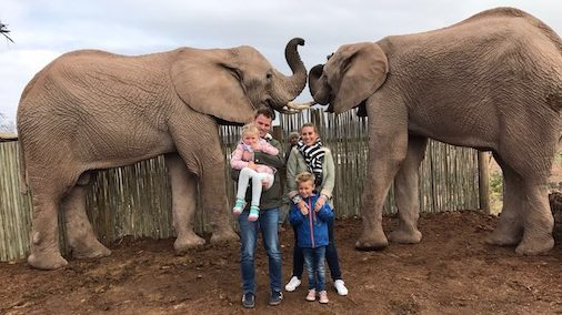 Elephant Experience Ping en familie