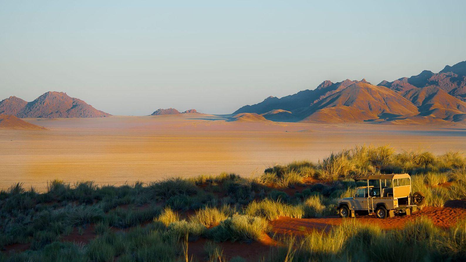 Uitzicht met jeep - Namibie