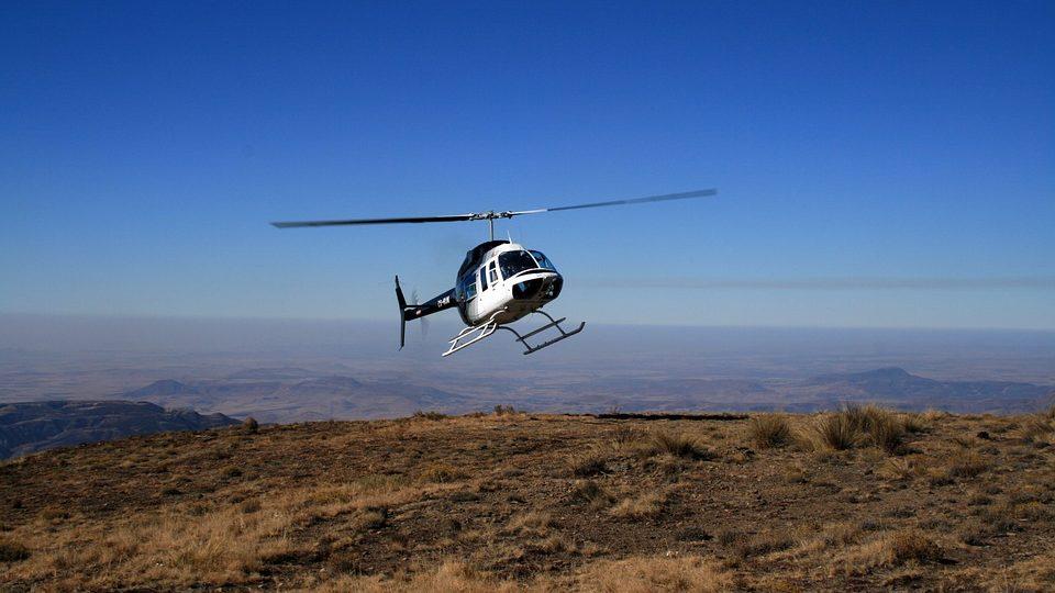 helicoptervlucht bij de Drakensbergen