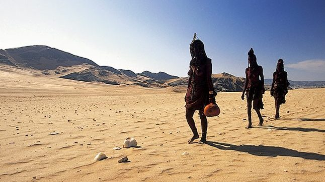 Himba skeleton coast - Namibie