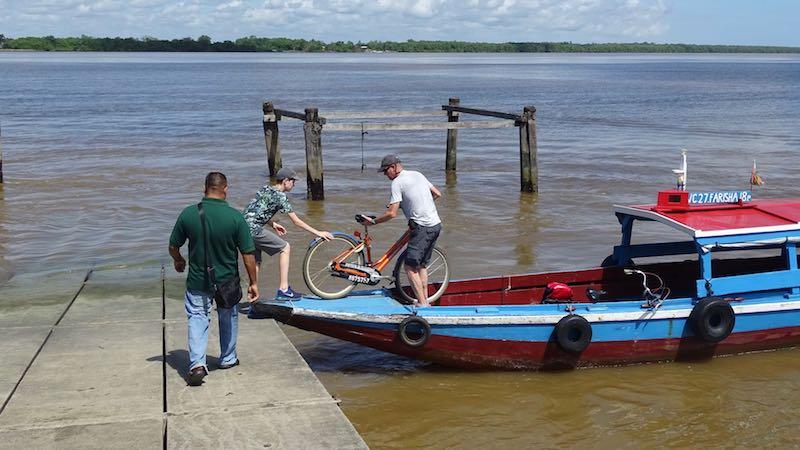 Suriname Fietsen uit boot Rondreis Op Maat Specialist