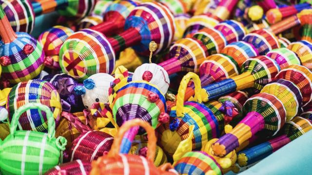 Kleurrijke souvenirs Mexico Rondreis Op Maat Specialist